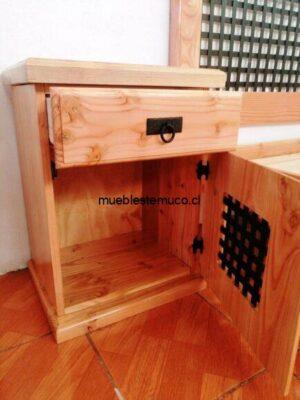 Veladores de madera